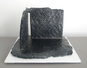 Arquitectura en negro - 2012 - 17x26x26 cms